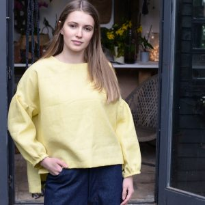 Puff Sleeved Box Top in Camomile